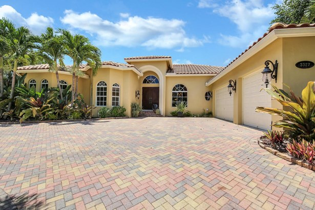 3327 Embassy Drive, West Palm Beach, FL - USA (photo 1)