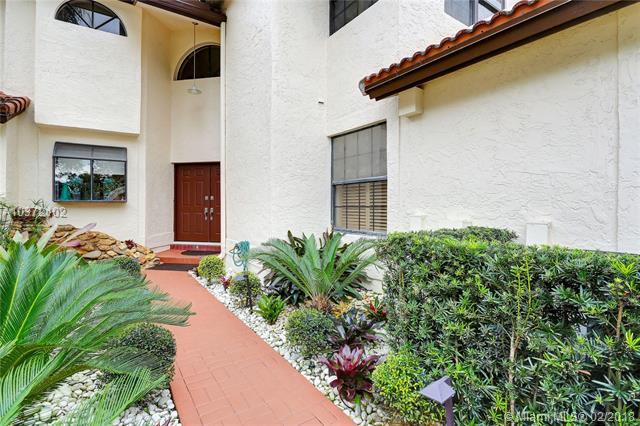5011 Nw 93 Doral Cir. E., Doral, FL - USA (photo 4)