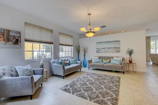 2422 Westmont Drive, Royal Palm Beach, FL - USA (photo 5)