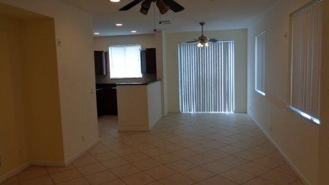 1720 Carvelle Drive, Riviera Beach, FL - USA (photo 5)