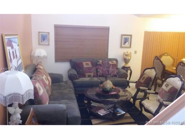 Single-Family Home - Miami, FL (photo 3)