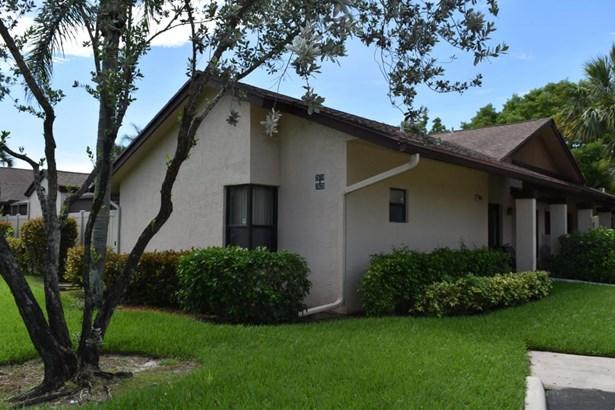 2620 Carambola Circle Unit 1706, Coconut Creek, FL - USA (photo 2)