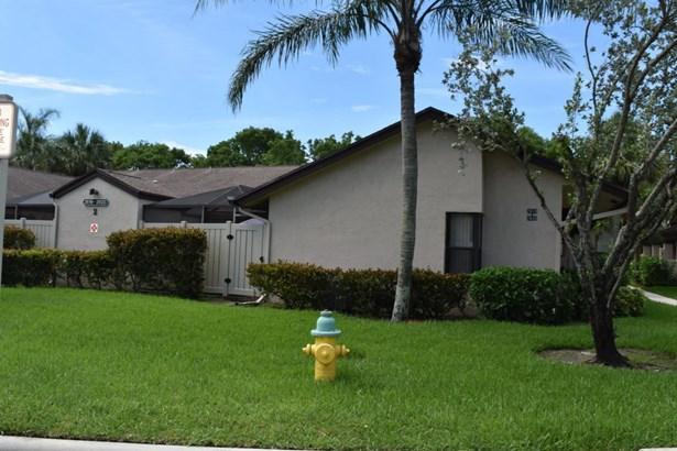 2620 Carambola Circle Unit 1706, Coconut Creek, FL - USA (photo 3)