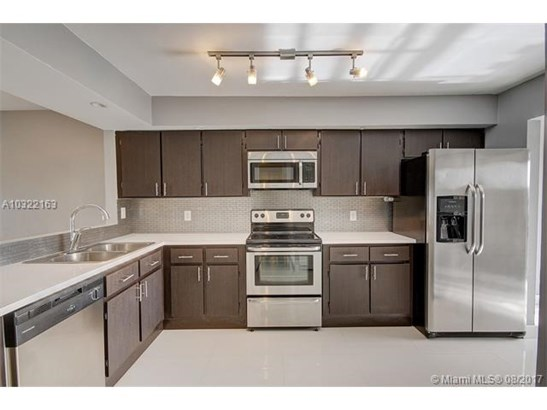 Condo/Townhouse - Davie, FL (photo 1)