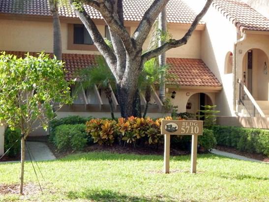 5710 Coach House Circle Unit A, Boca Raton, FL - USA (photo 1)