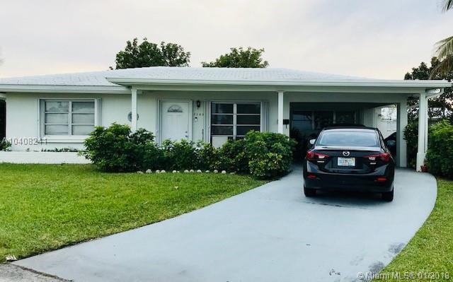 7105 Nw 72nd Ave, Tamarac, FL - USA (photo 1)