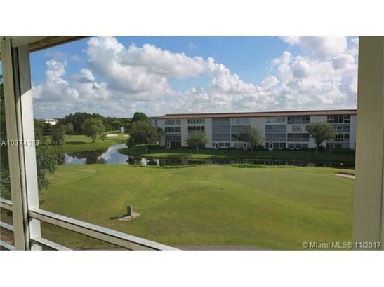 2902 Victoria Cir, Coconut Creek, FL - USA (photo 3)