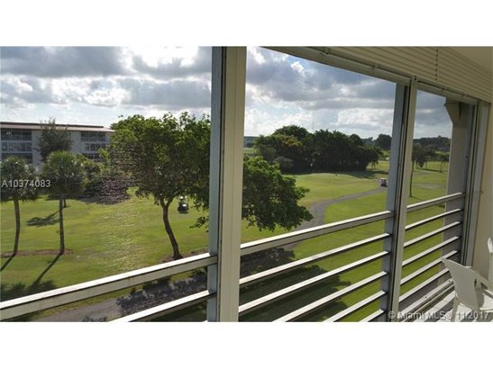 2902 Victoria Cir, Coconut Creek, FL - USA (photo 4)