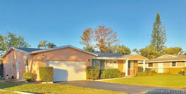 4837 Nw 8th St, Plantation, FL - USA (photo 2)