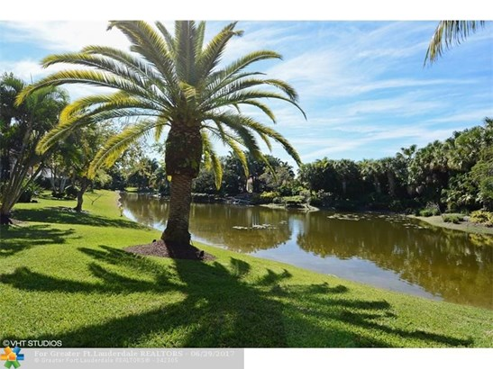 6320 Nw 120th Dr, Coral Springs, FL - USA (photo 5)