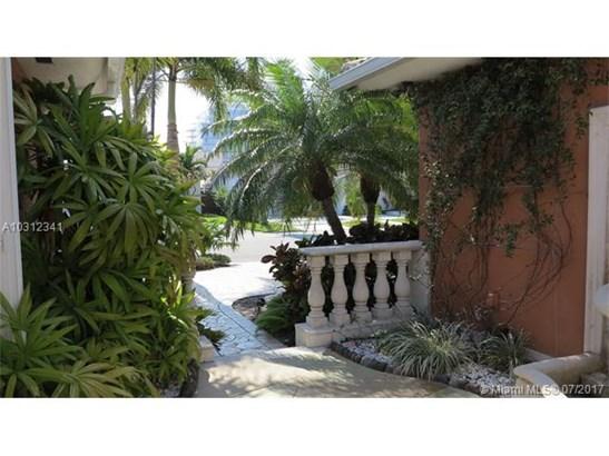 Rental - Surfside, FL (photo 3)