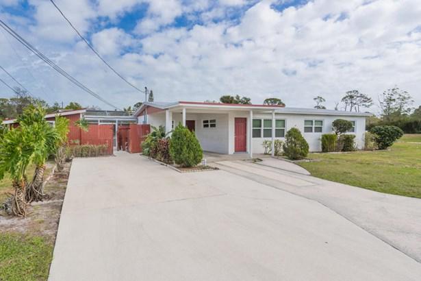 358 Notlem Street, Fort Pierce, FL - USA (photo 2)