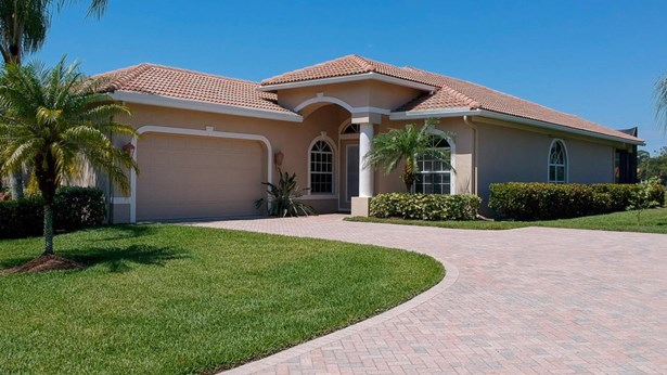 9035 Short Chip Circle, Port St. Lucie, FL - USA (photo 2)