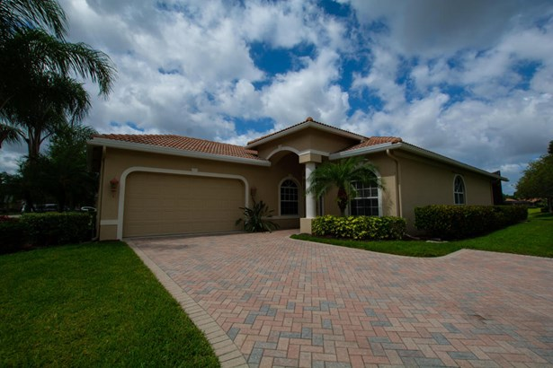 9035 Short Chip Circle, Port St. Lucie, FL - USA (photo 3)
