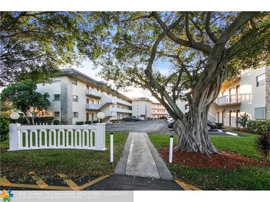 4331 Nw 16th St #d303, Lauderhill, FL - USA (photo 1)