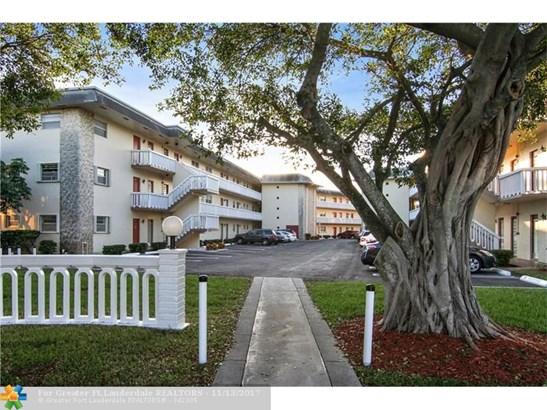 4331 Nw 16th St #d303, Lauderhill, FL - USA (photo 2)