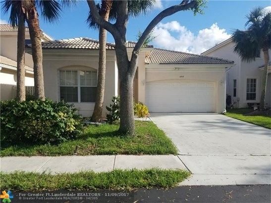 6868 Nw 33rd St, Margate, FL - USA (photo 1)