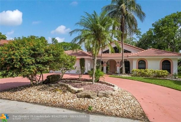 8331 Nw 74th St, Tamarac, FL - USA (photo 1)