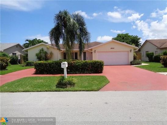 2812 Sw 13th Ct, Deerfield Beach, FL - USA (photo 1)