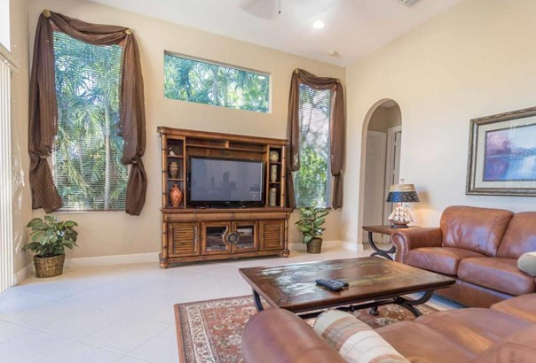 8774 Club Estates Way, Lake Worth, FL - USA (photo 4)