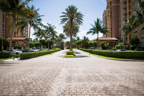 3594 S Ocean Boulevard Unit 207, Highland Beach, FL - USA (photo 2)