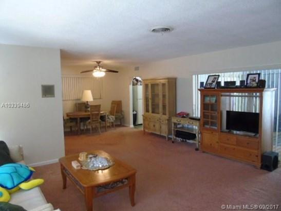 Single-Family Home - Pembroke Pines, FL (photo 3)