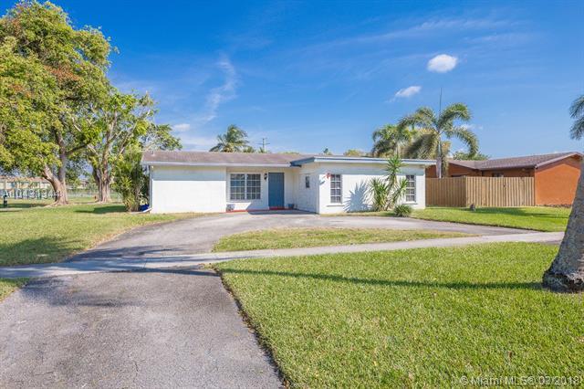 9731 Johnson St, Pembroke Pines, FL - USA (photo 1)