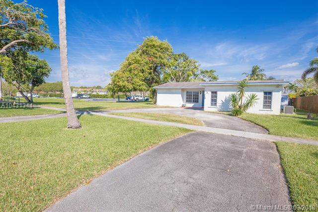 9731 Johnson St, Pembroke Pines, FL - USA (photo 2)