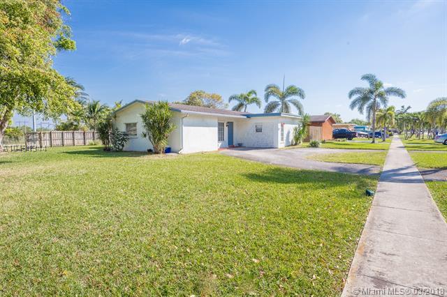 9731 Johnson St, Pembroke Pines, FL - USA (photo 3)