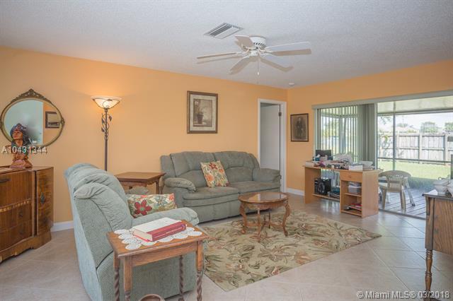 9731 Johnson St, Pembroke Pines, FL - USA (photo 5)