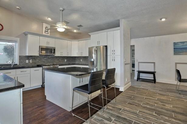 1200 Nw 19th Terrace, Delray Beach, FL - USA (photo 3)