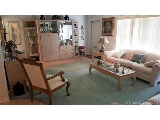 Single-Family Home - Margate, FL (photo 5)