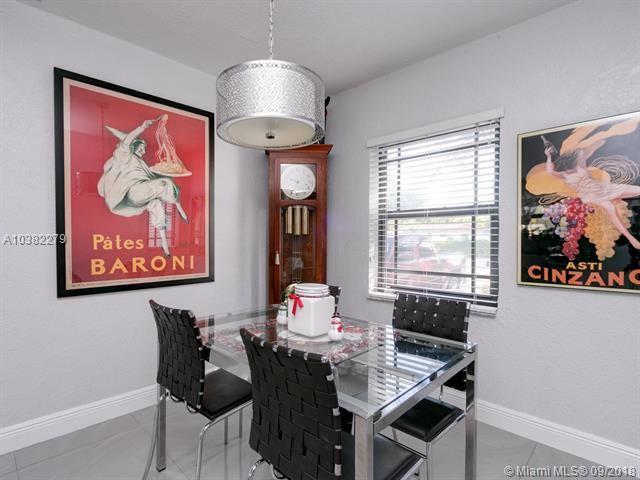 9740 N Miami Ave, Miami Shores, FL - USA (photo 1)