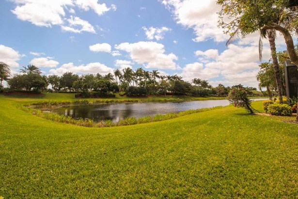 8752 Palm River Drive, Lake Worth, FL - USA (photo 2)