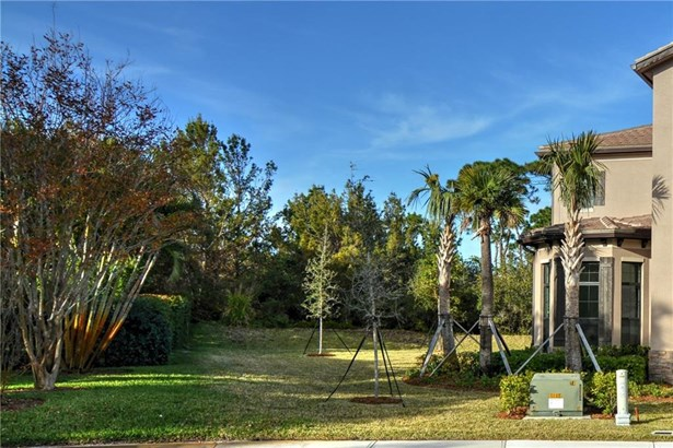 1097 Ne Savannah Oaks Way, Jensen Beach, FL - USA (photo 2)