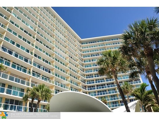Condo/Townhouse - Deerfield Beach, FL (photo 1)