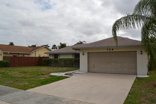726 Nw 42nd Way, Deerfield Beach, FL - USA (photo 4)