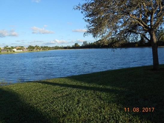 9452 Palestro Street, Lake Worth, FL - USA (photo 1)