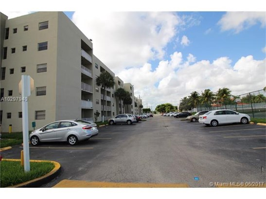 Rental - Miami, FL (photo 5)