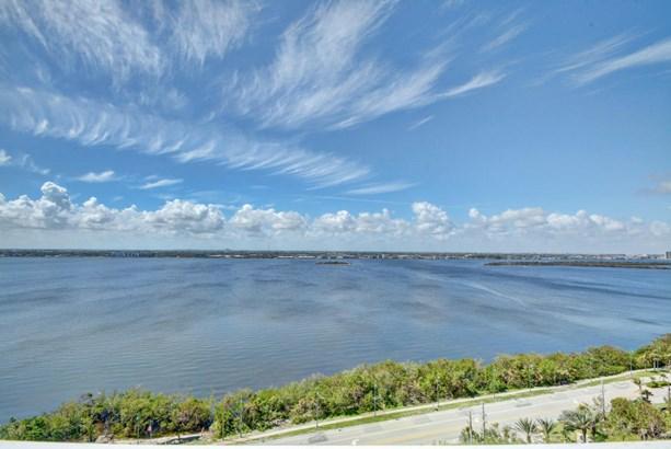 5280 N Ocean Drive Unit 16d, Riviera Beach, FL - USA (photo 1)