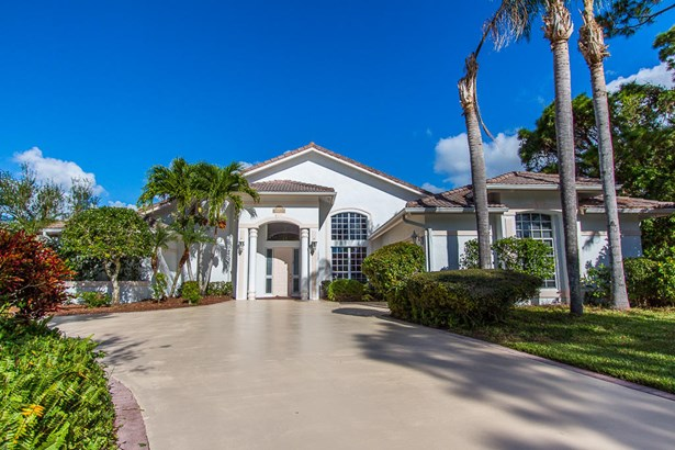 9660 Fairwood Court, Fort Pierce, FL - USA (photo 4)