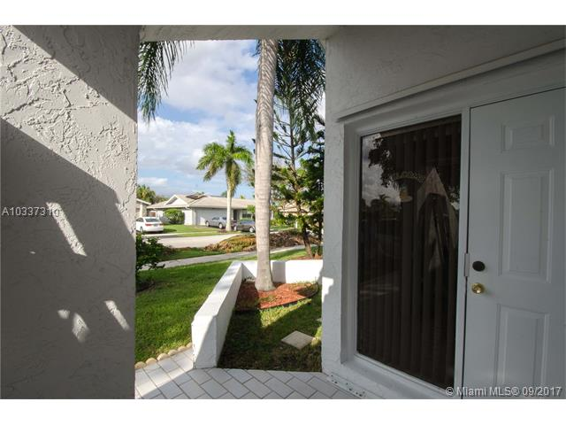 7900 Nw 18th Pl, Margate, FL - USA (photo 2)