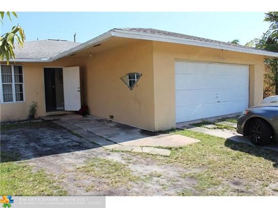 5256 N Andrews Ave, Oakland Park, FL - USA (photo 2)