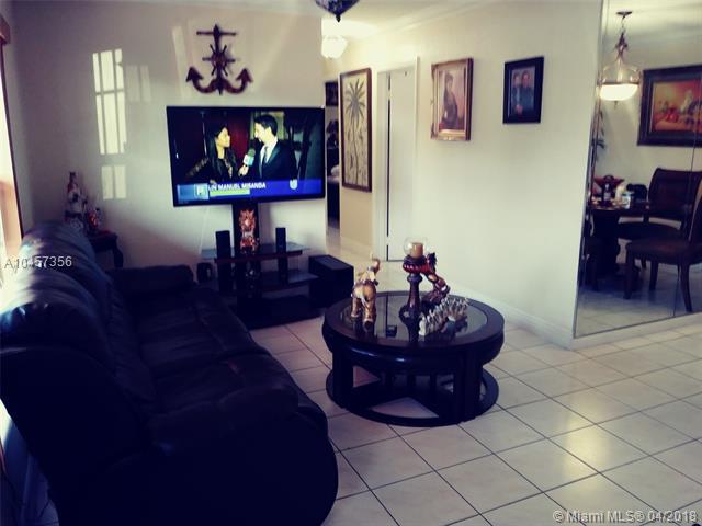 5022 Nw 188th St, Miami Gardens, FL - USA (photo 2)