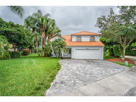 2620 Oak Park Cir, Davie, FL - USA (photo 1)