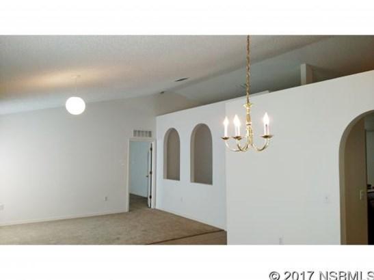 Single-Family Home - Edgewater, FL (photo 2)