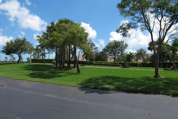 Condo/Townhouse - Boynton Beach, FL (photo 3)