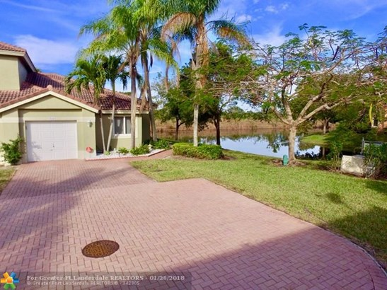 5682 Nw 127th Ter #4, Coral Springs, FL - USA (photo 1)