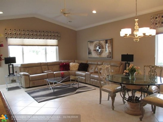 5682 Nw 127th Ter #4, Coral Springs, FL - USA (photo 3)