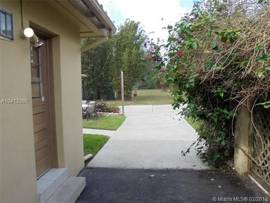 301 East Acre Dr, Plantation, FL - USA (photo 5)